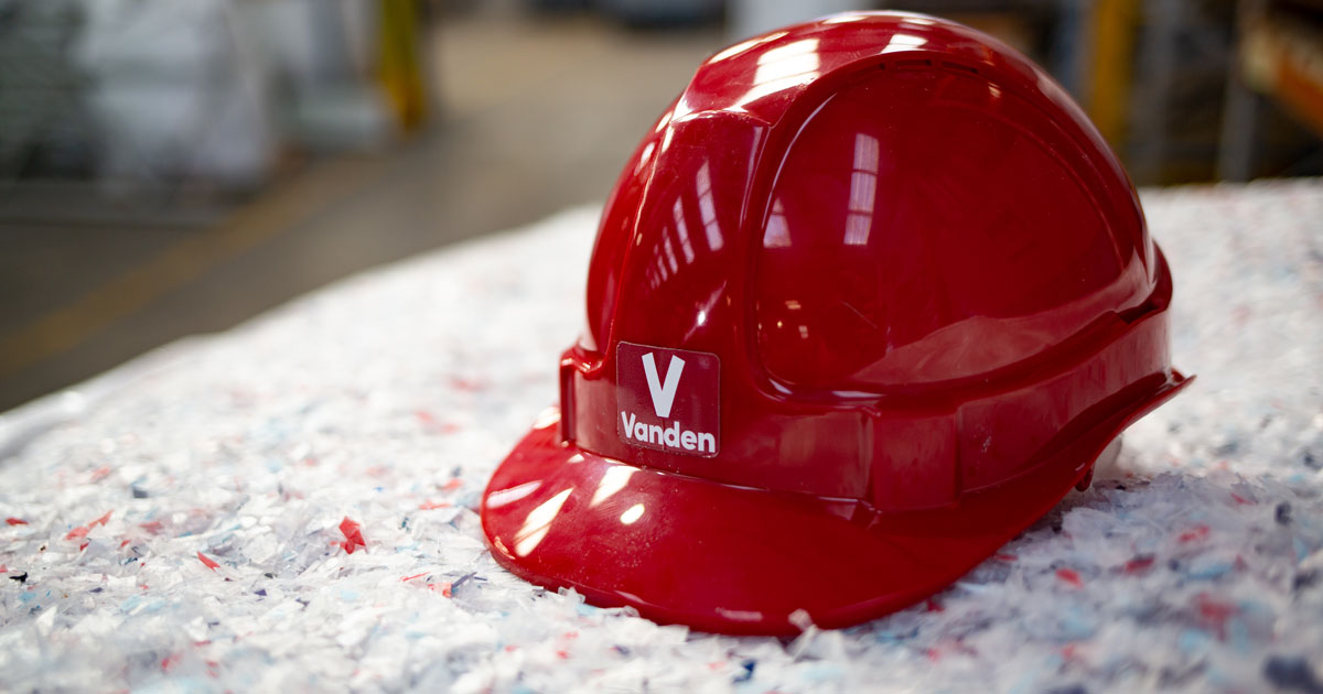 Vanden Recycling | Experts in plastic recycling | Home